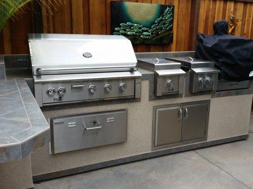 BBQs & Fireplaces